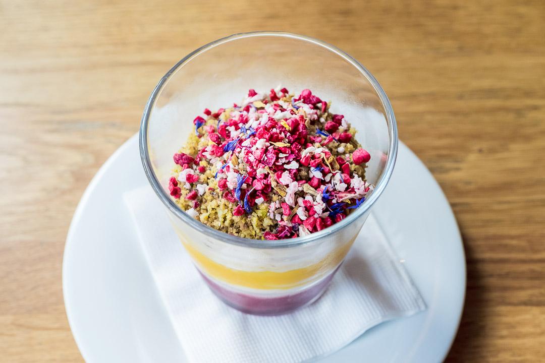 ZONA boedapest restaurant kersen pudding wortel griesmeel