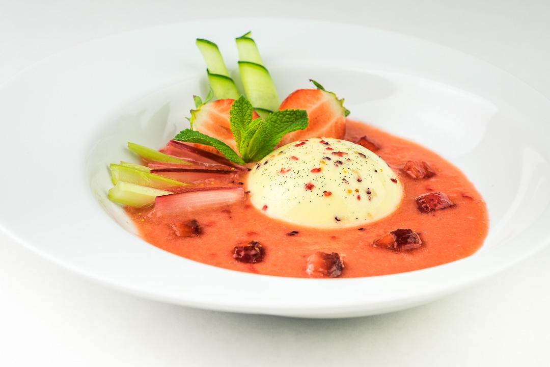 fruitsoep recept aardbei rabarber