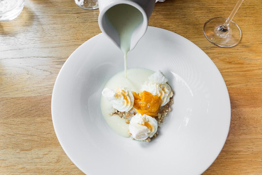 ZONA boedapest restaurant gebak room abrikoos