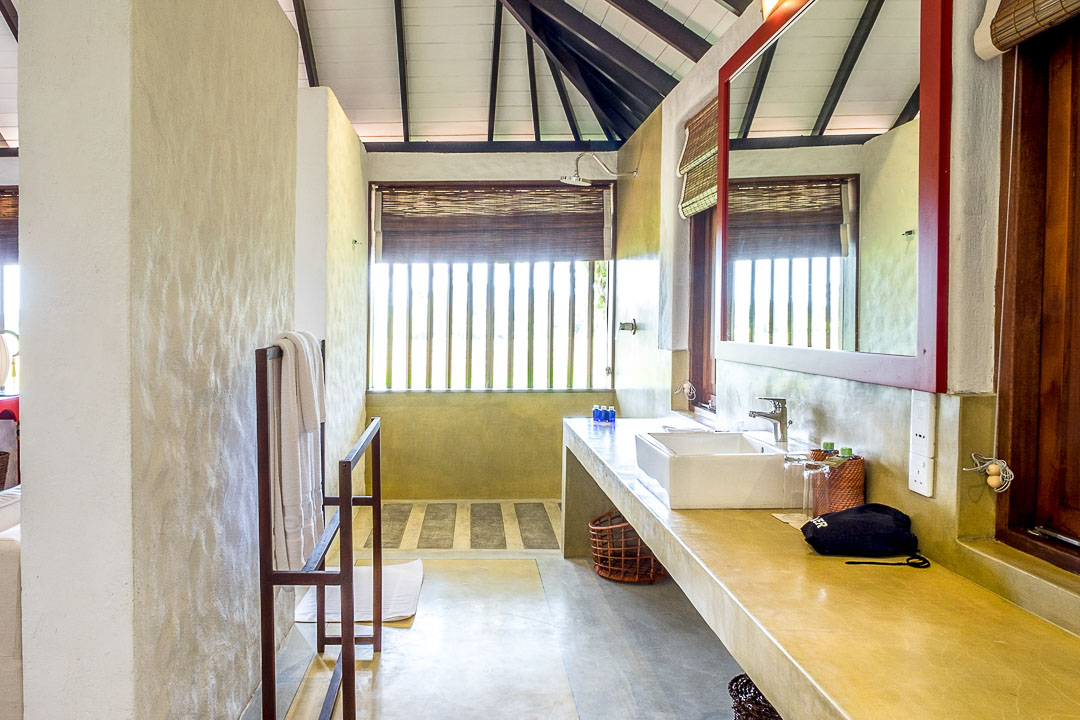 Jetwing Kaduruketha hotel Sri Lanka badkamer