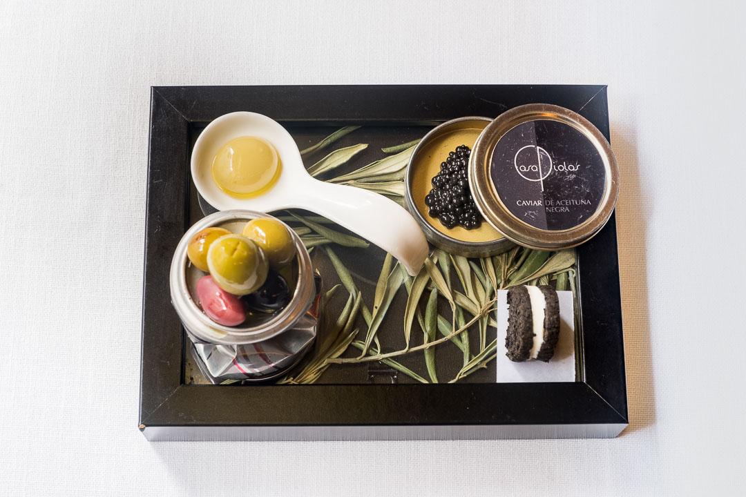 casa piolas restaurant olives