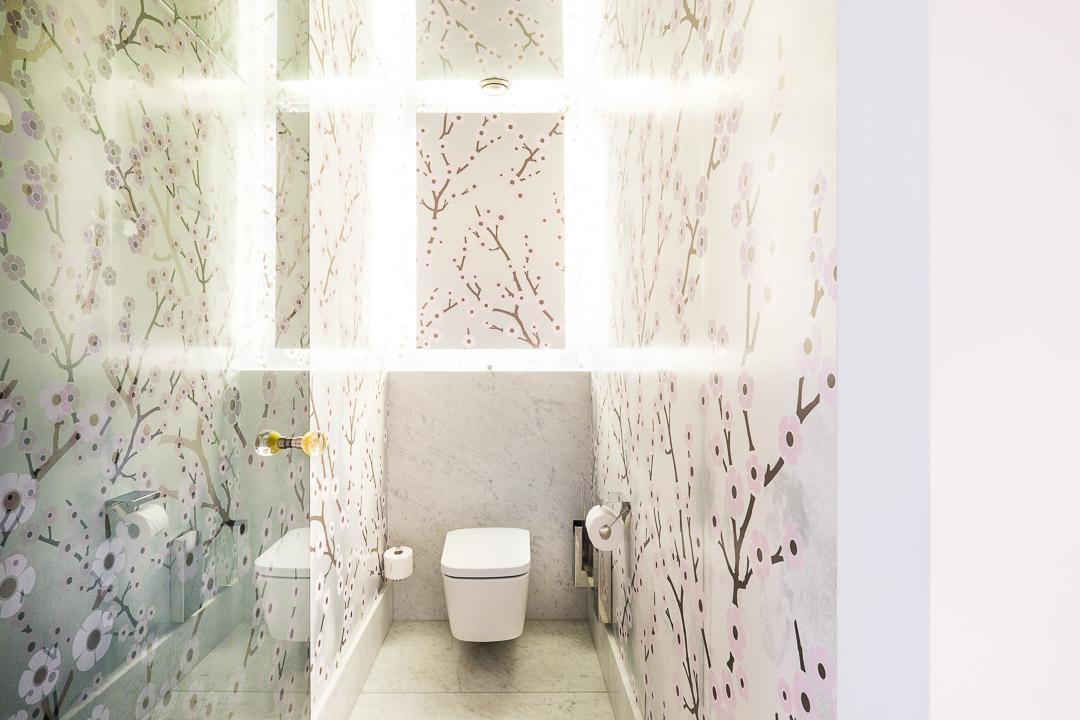 Hotel De Witte Lelie Antwerpen badkamer toilet design