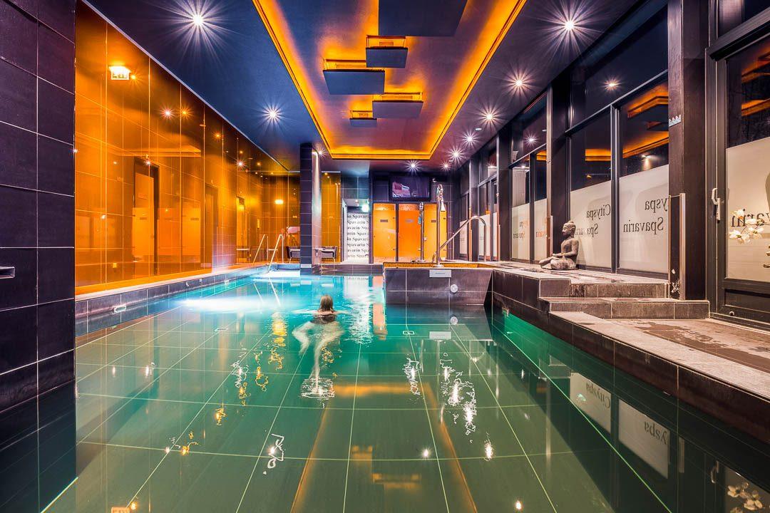 Hotel Restaurant Savarin by HungryforMore