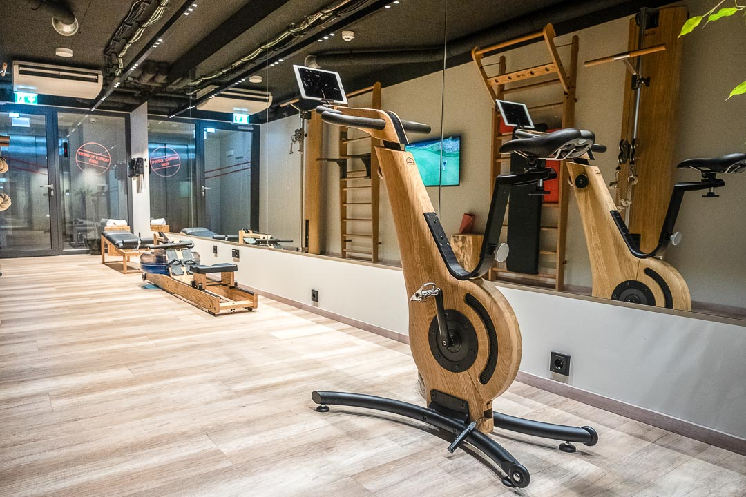 Schwabinger Wahrheit Munich by Geisel by Hungry for More. Modern gym with vintage look.