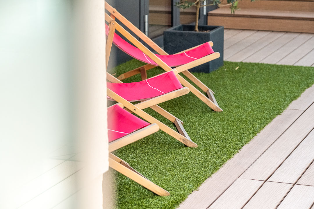 Schwabinger Wahrheit Munich by Geisel by Hungry for More. Lounge chairs.
