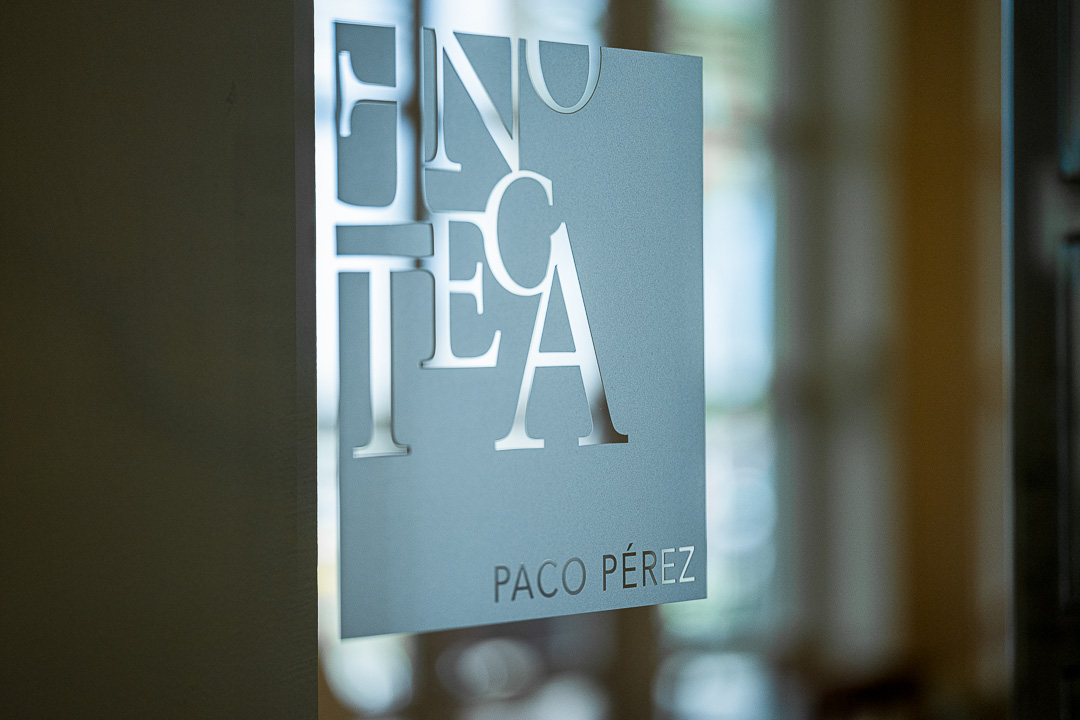 Enoteca Paco Pérez by Hungry for More. Sign of the restaurant at the front.