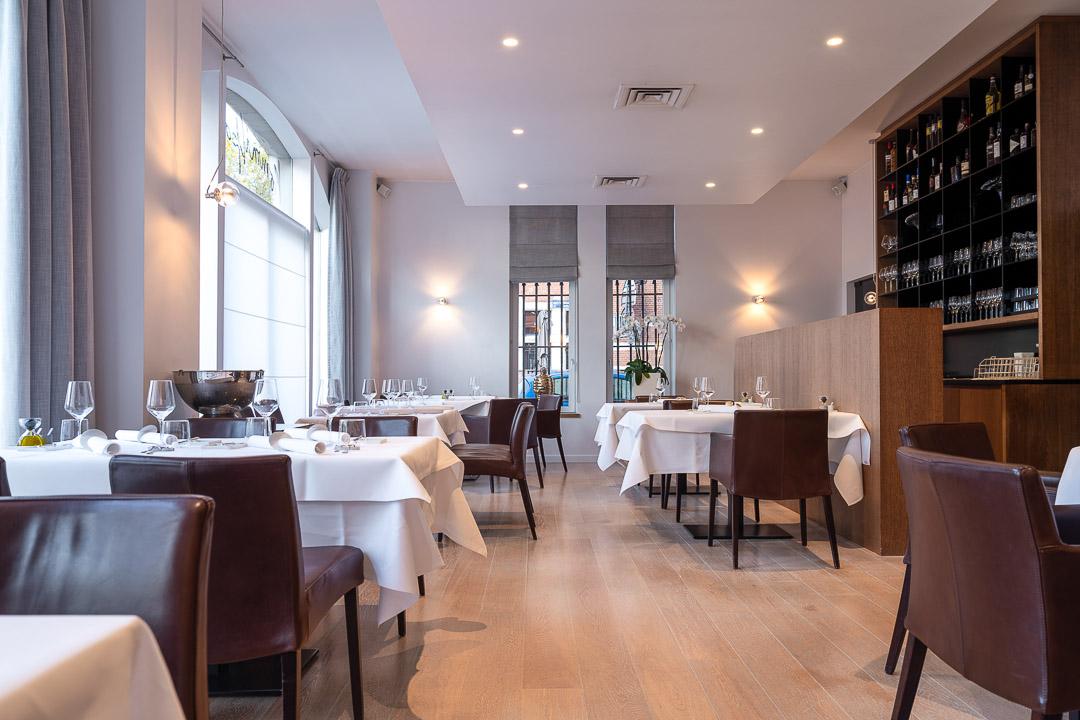 Kommilfoo by Hungry for More. Interior of restaurant Kommilfoo in Antwerp.