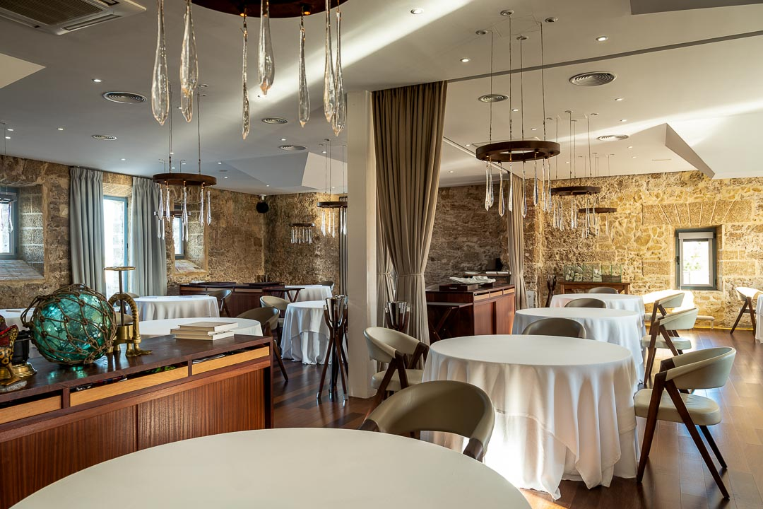 Aponiente by Hungry for More. Interior. Dining room 02.