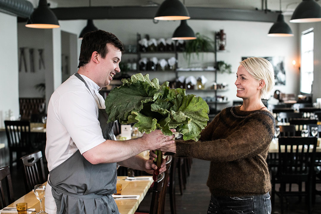 Dagny Ros and her chef at her pop-up restaurant.