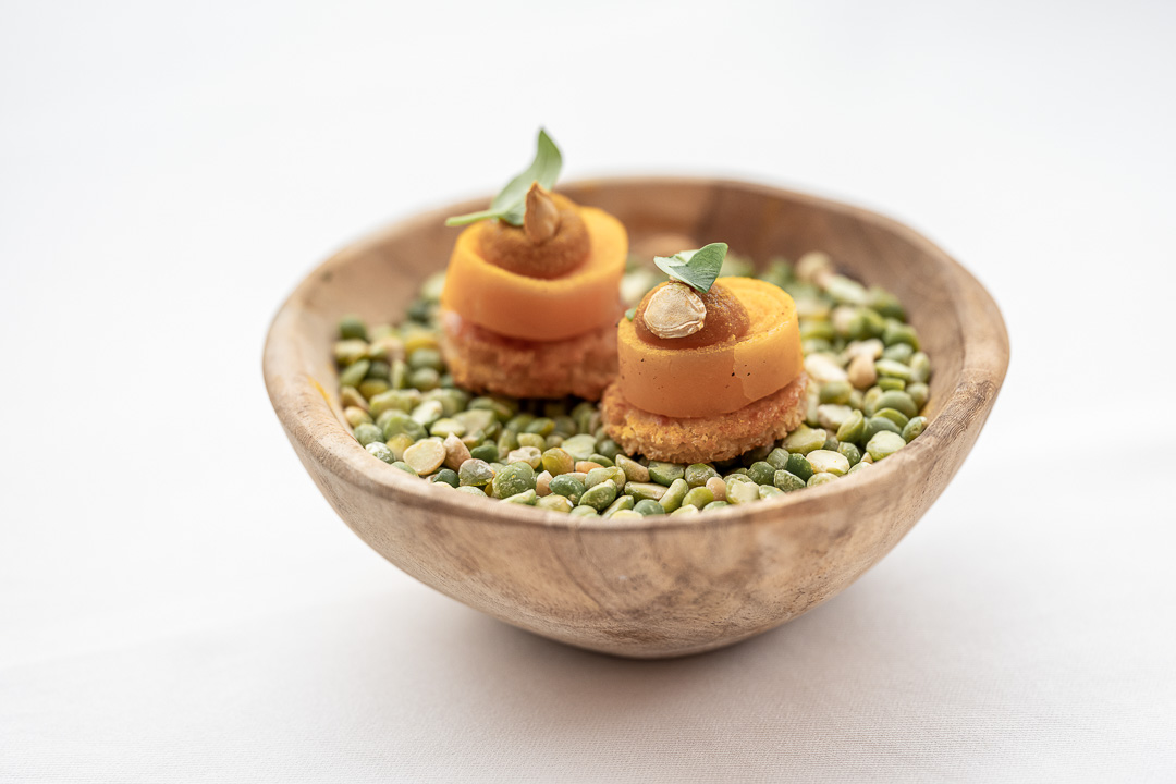 L'Envie by Hungry for More. Amuse with butternut by chef David Grosdent.