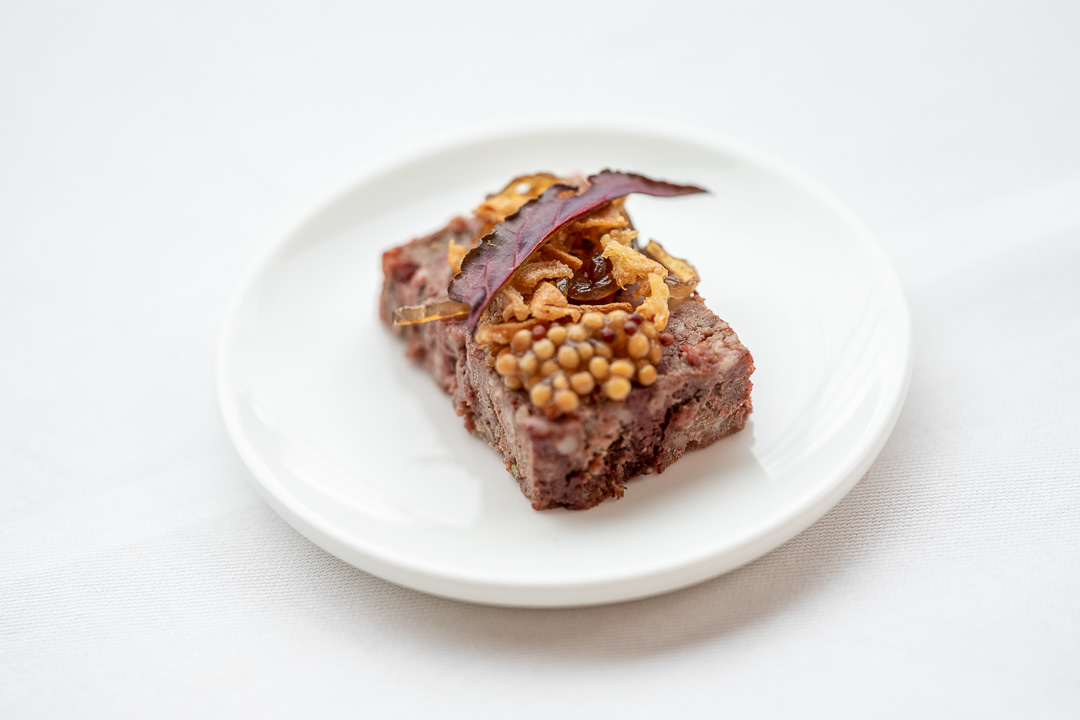 L'Envie by Hungry for More. Amuse with homemade paté by chef David Grosdent.