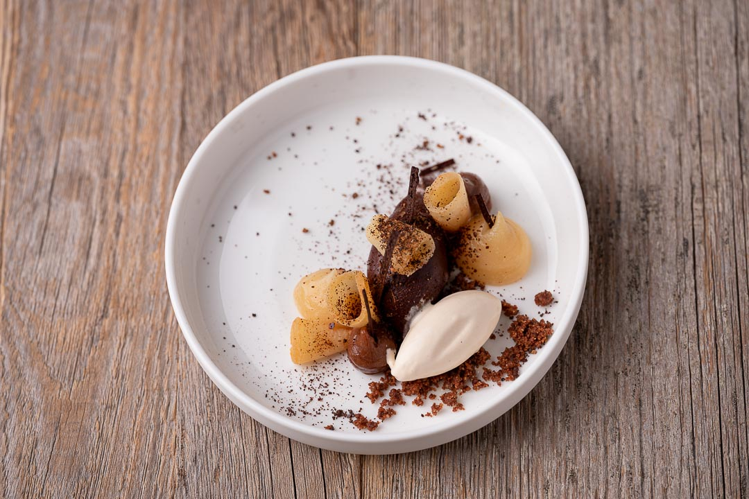 L'Envie by Hungry for More. Top shot of the chocolate dessert by chef David Grosdent.