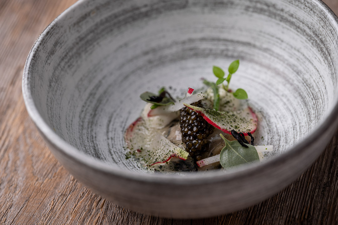 L'Envie by Hungry for More. Details of the oyster dish by chef David Grosdent.