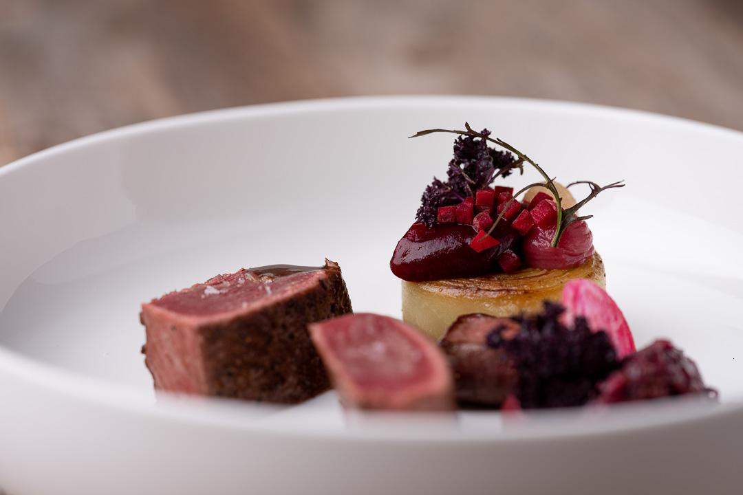 L'Envie by Hungry for More. Details of the main course with roe deer by chef David Grosdent.