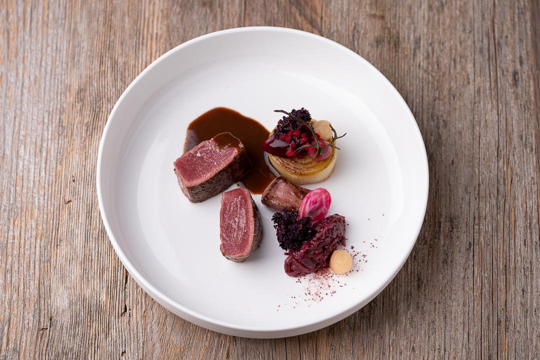 L'Envie by Hungry for More. Top shot of the roe deer dish by chef David Grosdent.