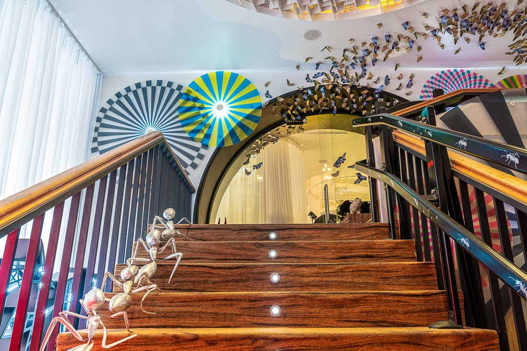 DiverXO by Hungry for More. Stairway to the restaurant.
