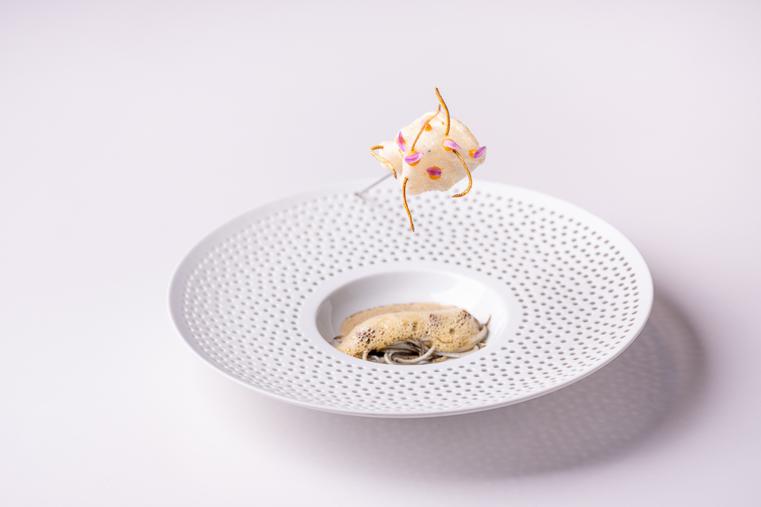 DiverXO by Hungry for More. Overall picture of pixin by chef David Munoz.