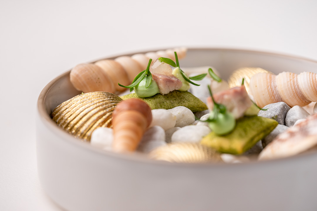 The White Room by Hungry for More. Detail of eel, with mayonnaise of tarragon, eel mousse, lemon gel and smoked ale by chefs Jacob Jan Boerma and Randy Karman.