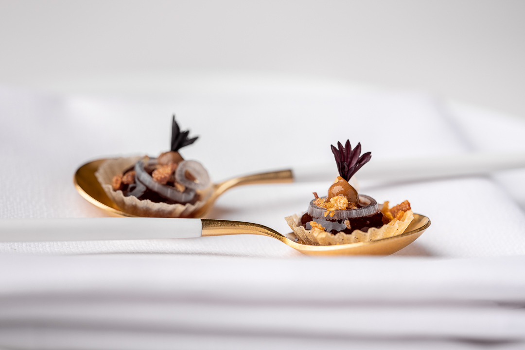 The White Room by Hungry for More. Detail of structures of onion, panzu and crispy filo pastry by chefs Jacob Jan Boerma and Randy Karman.