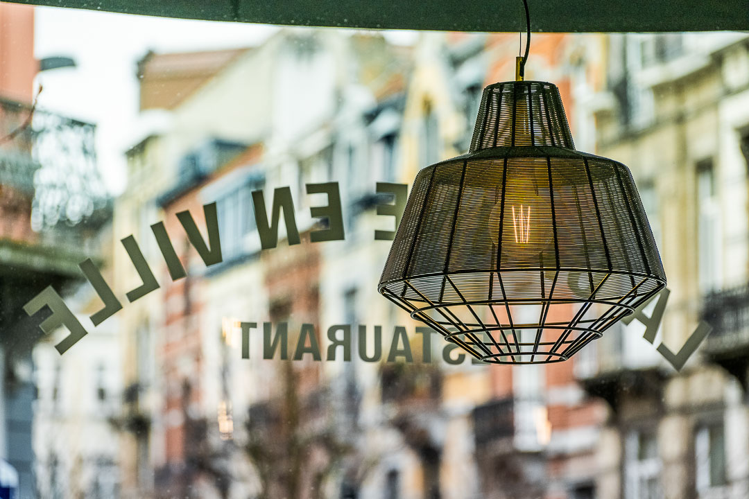 La Canne en Ville by Hungry for More. Details of the lamp at the restaurant.