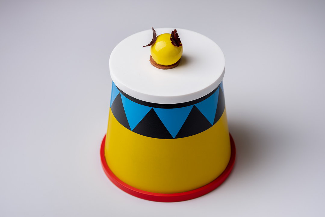 Paco Roncero by Hungry for More. The dessert based on a circus.