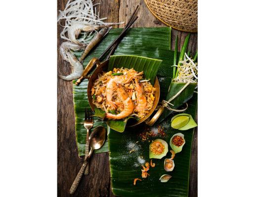 The authenic recipe of the Thai dish Phad Thai.