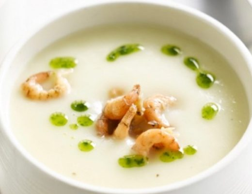 Recipe: Asparagus soup with Dutch shrimps by Chef Soenil Bahadoer of restaurant De Lindehof