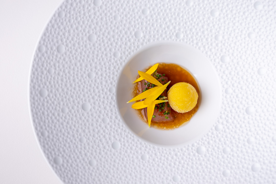 Colette - De Vijvers by Hungry for More. Makreel, parel van yuzu en dashi.