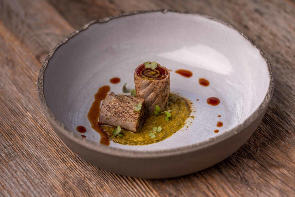 Tuna tataki roll - spring onion - yuzu of Biestro H-eat